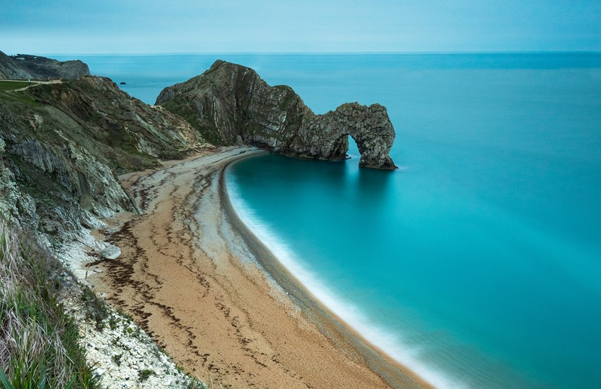 Travel to England with Special Travel Deals from the #1 Travel Agency in Chicago - Sunset Travel & Cruise, W. Fullerton Ave 60614