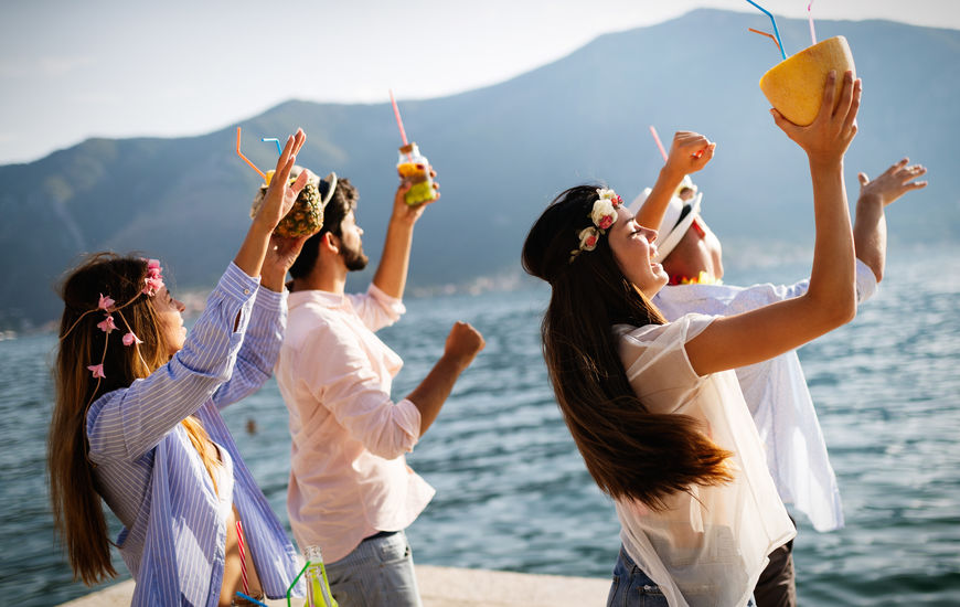 Resorts in Mexico for Bachelor-ette Parties - Sunset-Travel.com