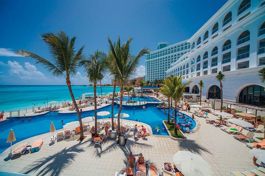 RIU Resorts Safety Protocols for COVID - Sunset-Travel.com