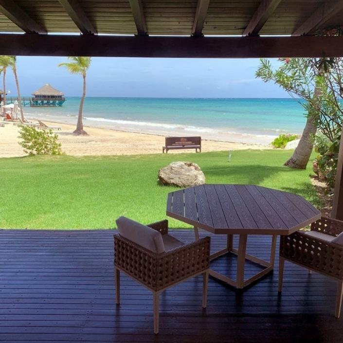 Sanctuary Resort Guest Deck - Sunset-Travel.com